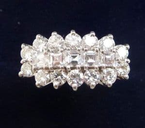 Beautiful vintage 1970's 18ct and white gold 0.70ct Diamond cluster vintage antique ring