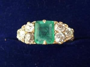 Fabulous victorian 18ct gold 1.25ct Emerald and Diamond ring
