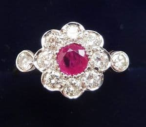 Gorgeous art deco 18ct 18k and white gold ruby and diamond daisy vintage antique ring