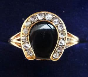Gorgeous victorian 18ct 18k gold onyx and rose cut diamond lucky horseshoe vintage antique ring