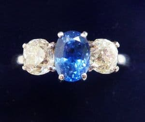 Stunning edwardian platinum 1.25ct sapphire and diamond vintage antique trilogy three stone ring