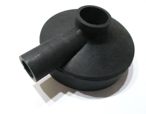 Rubber cap for engine breather
