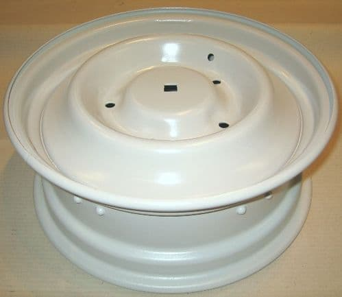 Wheel, refurbished, 1970> (square hole in middle) Price includes refundable surcharge!