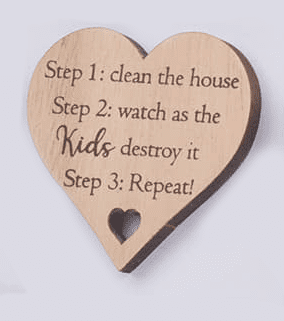 Langs - Wooden Heart Magnet -Clean the house / Kids Destroy