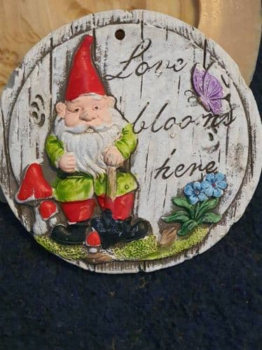 Love Blooms Here Gnome Plaque Latex Rubber Mould
