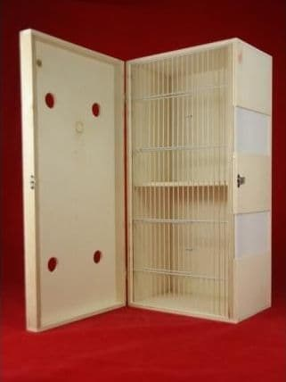 Transport box with perspex windows, 2 compartments 07F01