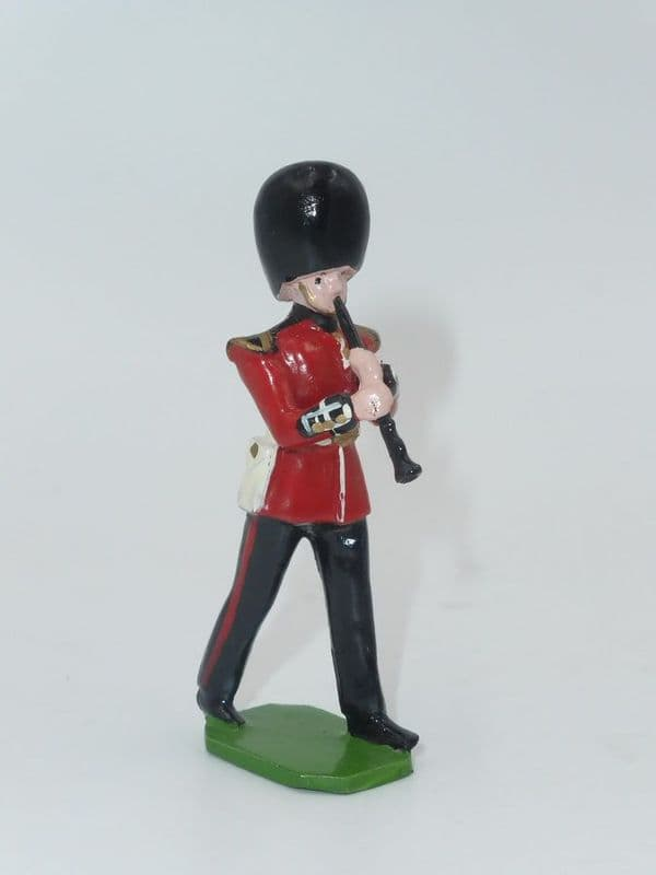 Ducal Soldiers Scots Guard Band Figure Clarinet