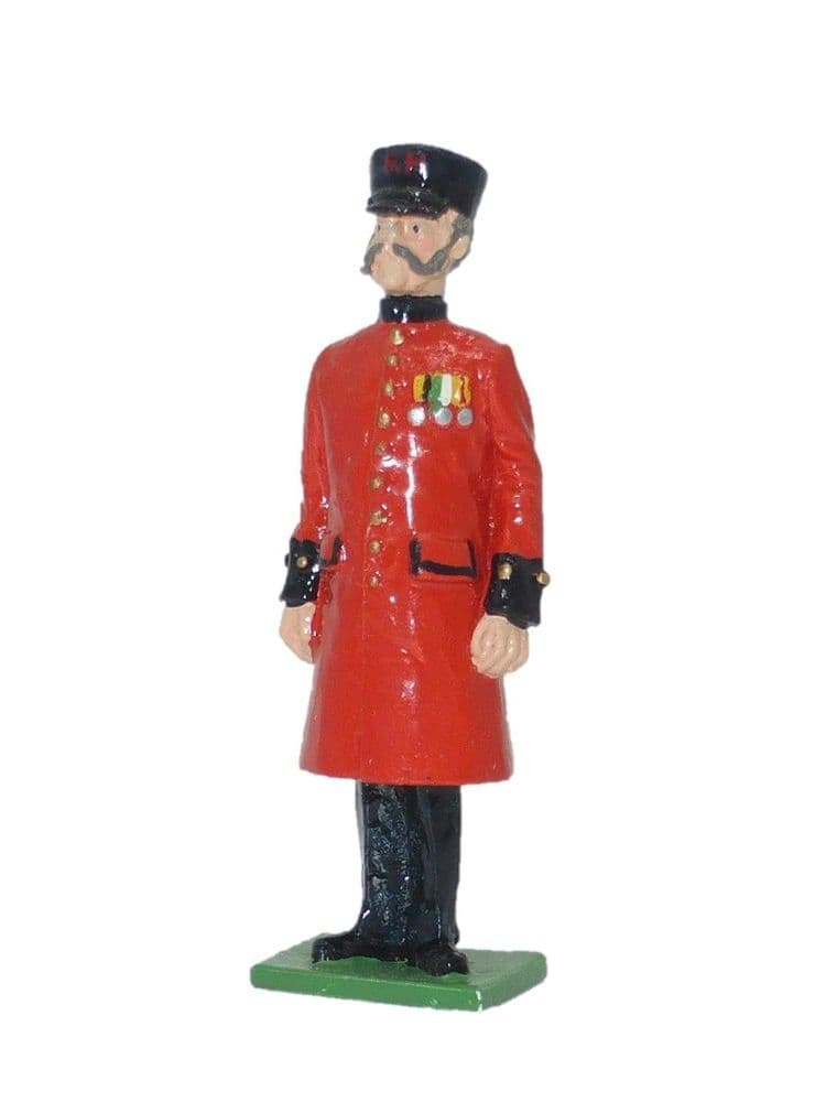 SS 6A - Chelsea Pensioner at Attention