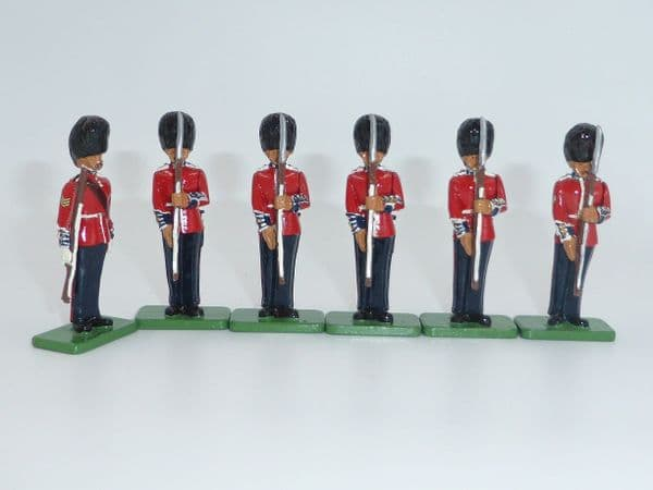 WB00294 Scots Guards Sergeant Shoulder Arms,  Corporal and Private