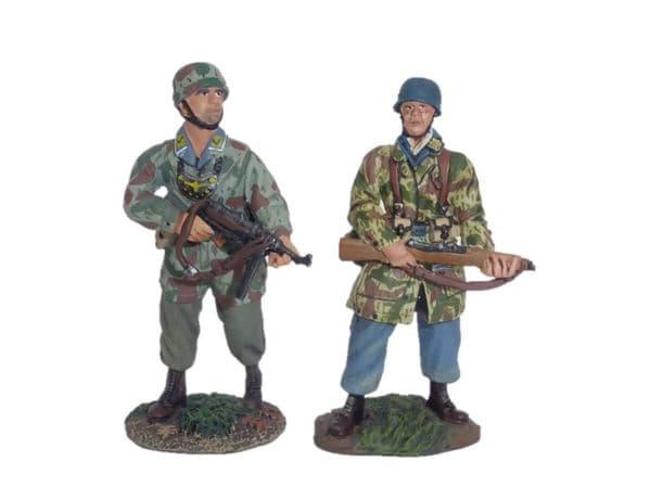 WB25003 + WB25005  WWII German Oberjager & Military Police Unit Combined Sets  - Special Offer