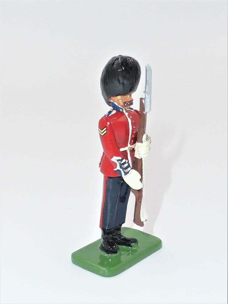 WB40107 Scots Guards Corporal Present Arms