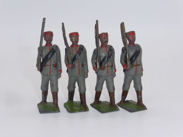 WBritain - Montenegrin Infantry Marching at the Slope From Set 174 (B)