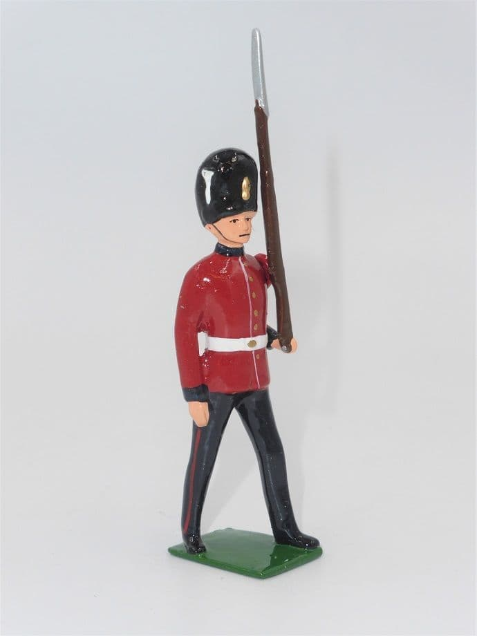 William Britain Hollowcast Royal Fusiliers Marching H