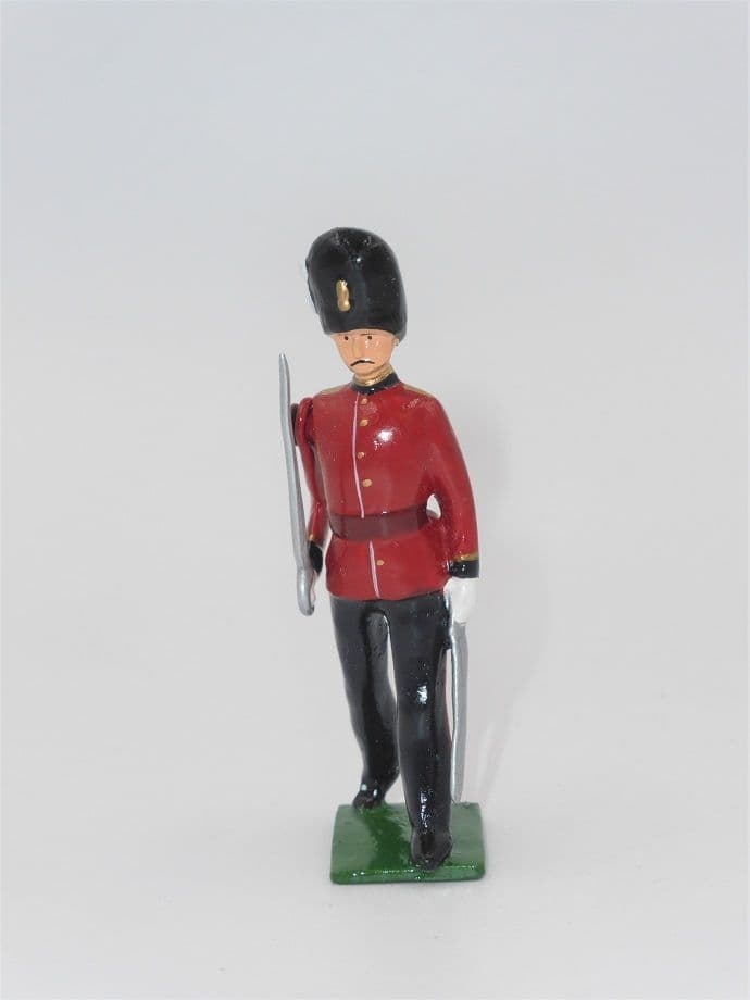 William Britain Hollowcast Royal Fusiliers Marching Officer G