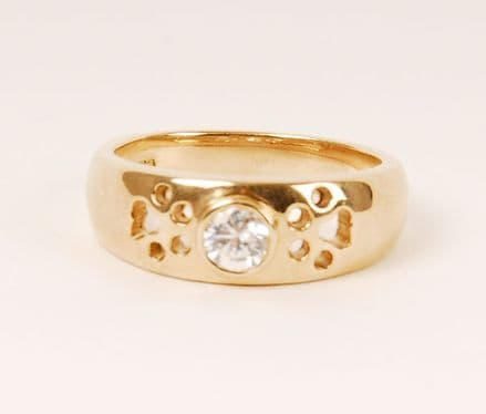 Solid Gold Gypsy Cut Out Paw Print Ring with Cubic Zircona Stone