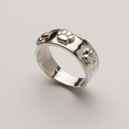 Solid Silver Thick Band with Raised Paw Print Ring