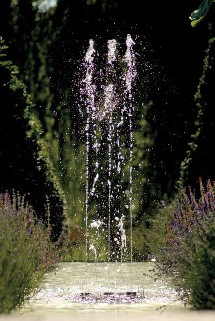 Oase Water Quintet  Fountain Display