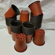 9cm Flower pots lightweight - re useable - in packs of 20 pots