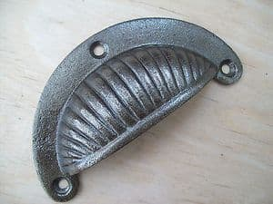 (CODE 7) Cast Iron Antique Fancy Shell Cup Pull Drawer Kitchen Cupboard Handle